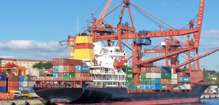 Lastkraftwagen Europa: Schiffe geraten zusehends ins Hintertreffen