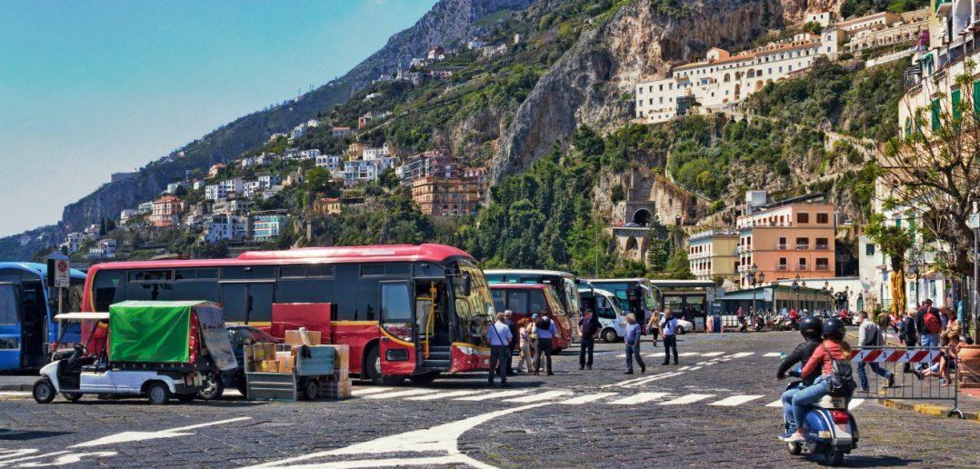 Im Personenverkehr bei Fahrzeugen mit mehr als neun Sitzplätzen ist die Bescheinigung nach §20 Fahrpersonalverordnung vorgeschrieben (#2)