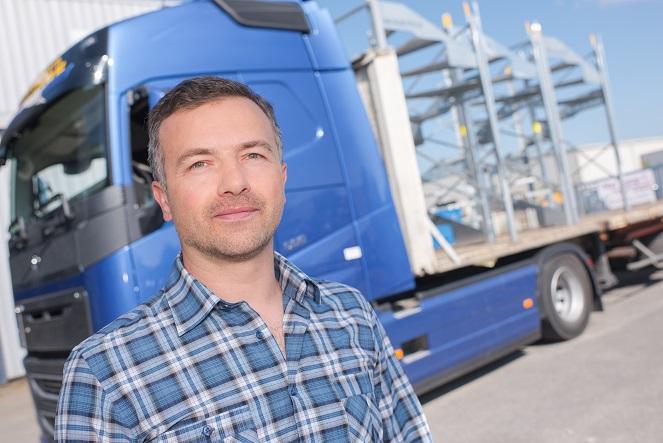 Sobald eine Geschäftbeziehung zwischen dem Logistikunternehmen und dem Zulieferer eingangen wird: Entsteht zwischen den Beiden ein Abhängigkeitsverhältniss. Der Eine kann ohne den Andern nicht existieren