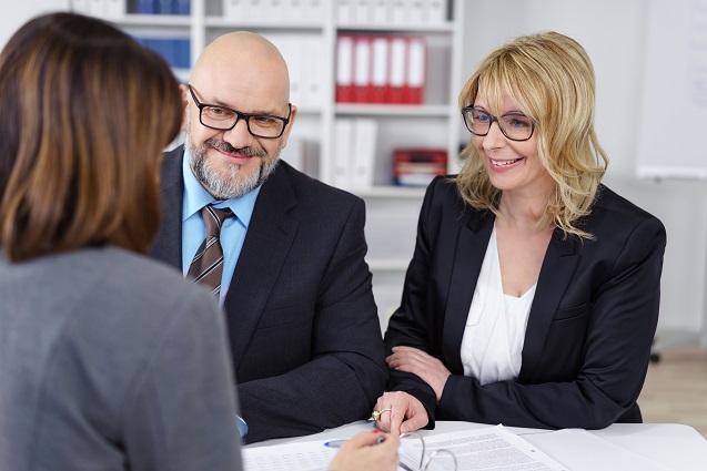Laut dem Allgemeinen Gleichbehandlungsgesetz sind aber dennoch bestimmte Bedingungen bei Jobausschreibungen, Kündigungen und Löhnen erlaubt. (#02)
