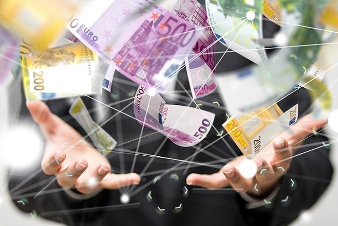 Es können einige Tipps dabei helfen, statt dem Kredit auf das Crowdfunding zu setzen. Wer Probleme hat, durch die Bank einen Kredit zu bekommen, der kann die Variante des Crowdfundings als Alternative für sich nutzen. (#01)