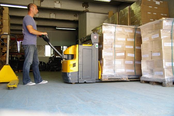 Lösungen für das Outputmanagement sorgen dafür, dass die dynamischen Dokumente im Logistikunternehmen zum benötigten Zeitpunkt am gewünschten Ort zur Verfügung stehen. Gleichzeitig werden die Geschäftsdokumente in die passende Formatierung gebracht und wie benötigt sortiert. (#02)