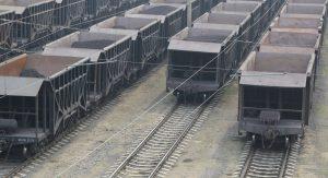 Im Güterverkehr liegen viele Vorteile bei der Schiene: Pünktlichkeit, Ladekapazität, Transport auf an Sonntagen und Feiertagen. (#2)