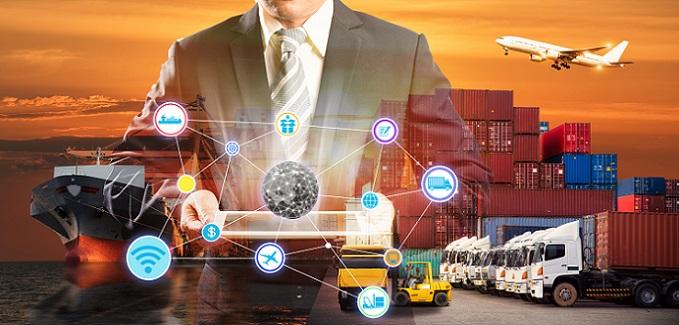 Ein besonders interessantes Teil beim Smart Container ist die Smartbox. Sie besteht aus drei Kernelementen. Dies ist einmal die Sensorbox, die integrierten Sensor- und GPS-Module sowie die Stromversorgungs-Einheit. (#03)
