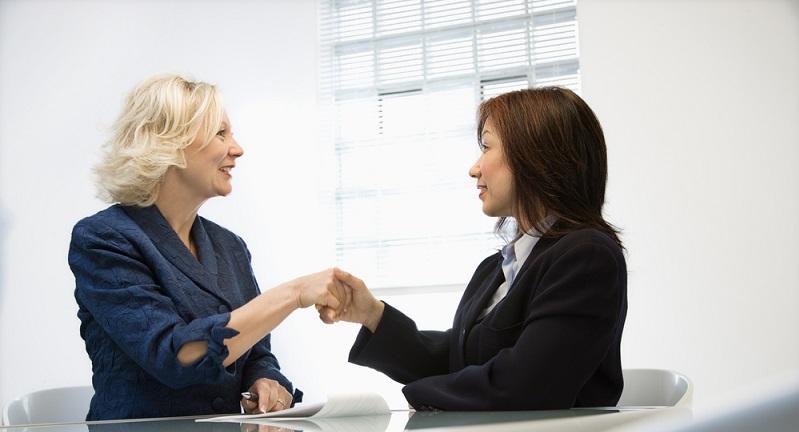 Es gibt verschiedene Dinge, die dem Chef über seinen beförderungswilligen Mitarbeiter klar werden sollten. Diese sollten im Mitarbeitergespräch zur Sprache kommen. (#02)