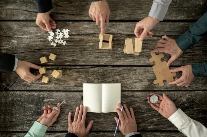 David J. Bronczek ist eines der 8 Vorstandsmitglieder von der FedEx-Corporation, in der jedes Mitglied seine Stärken ausspielen kann. (#4)