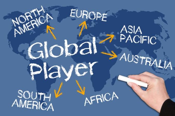 Also Global Player liefert FedEx Pakete und Waren weltweit auf verschiedenen Transportwegen. (#1)