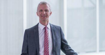 Swisslog: neuer Intralogistik-Großauftrag von dm-drogerie markt