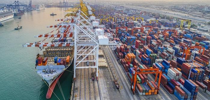 Kräftiger Anstieg und leichter Verlust: RWI/ISL-Containerumschlag-Index von August bis Oktober 2017