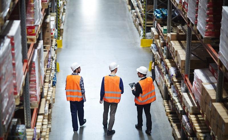 Nur mit ausreichender Kennzeichnung lassen sich schnell wichtige Entscheidungen in Bezug auf den Warenbestand treffen. (#02)