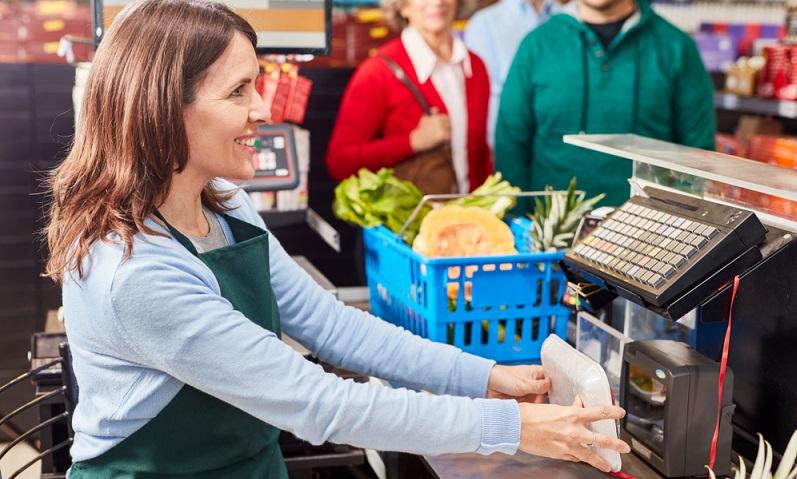 Die international eindeutigen Produktnummern erleichtern den Warenhandel und beschleunigen alle damit zusammenhängenden Abläufe, von der Logistik über die Warenwirtschaft bis hin zum Onlinehandel. (Foto: Shutterstock-Robert Kneschke )