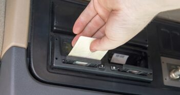 Digitaler Tachograph: Effizient agieren mit dem Kontrollgerät