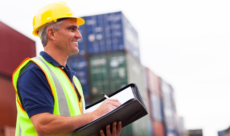 Gerade im internationalen Warenverkehr ist die Prüfung von Gütern im Rahmen der Zollkontrolle immer ein Thema