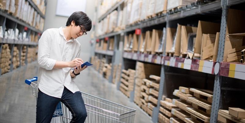 Waren große Lagerkapazitäten früher für eine Speditionsfirma wichtig, ist die Auslastung heute oft nicht mehr gegeben. Grund dafür sind große Logistikzentren weniger Anbieter, über die flächendeckend die Verteilung von Waren gewährleistet ist.