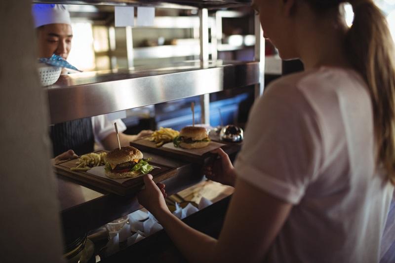 Muss der Mitarbeiter dafür zahlen, weil er Vergünstigungen vom Arbeitgeber erhält? #03)