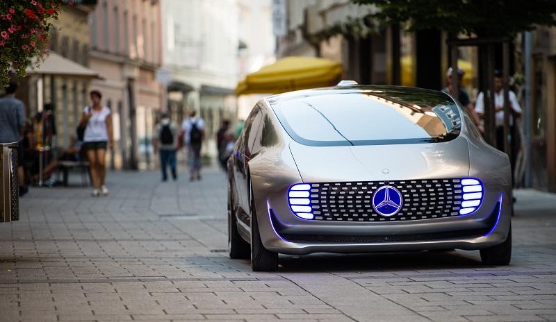Der F 015: futuristischer Concept Car von Mercedes