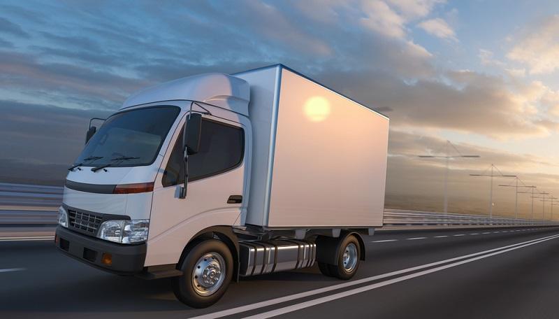 Wichtige Erkenntnis: Ob der Kastenwagen mit einer Pkw Zulassung geführt werden kann und sich die Beiträge für die Versicherung entsprechend verringern, hängt nicht von der Eintragung in den Papieren des Fahrzeugs ab.