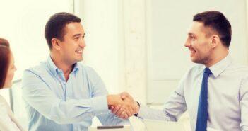 Fachkaufmann für Einkauf und Logistik: Das können Sie verdienen (Foto: shutterstock - Syda Productions)
