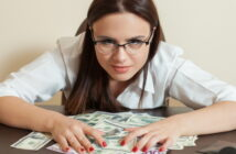 Steuerfreie Zuwendungen an Arbeitnehmer 2020 (Foto: Shutterstock - Nomad_Soul)