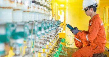DAkkS Kalibrierung: Definition, Normen, Unterschied zur ISO Kalibrierung ( Foto: Shutterstock-Oil and Gas Photographer)