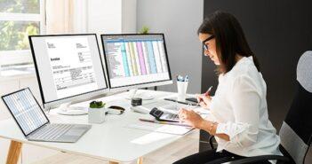 Rechnungen schreiben: Wer darf, wer muss und was muss drauf? (Foto: Shutterstock- Andrey_Popov )